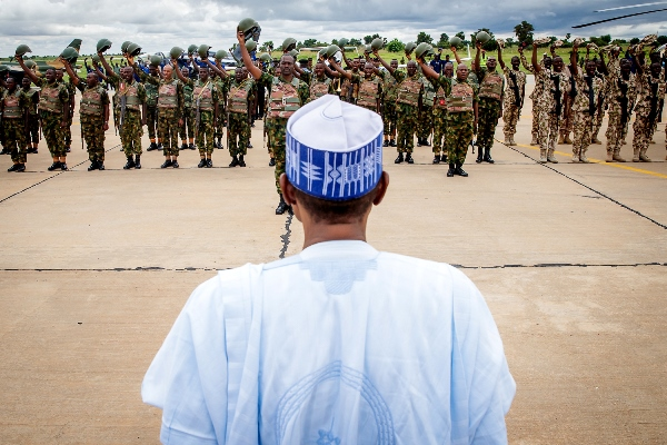 Buhari speaks to troops