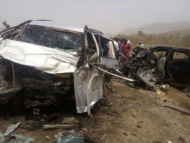 Two Die, 9 Injured In Car Crash Along Lagos-Ibadan Expressway