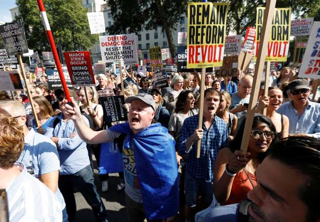 Brexit: UK protesters flood London streets